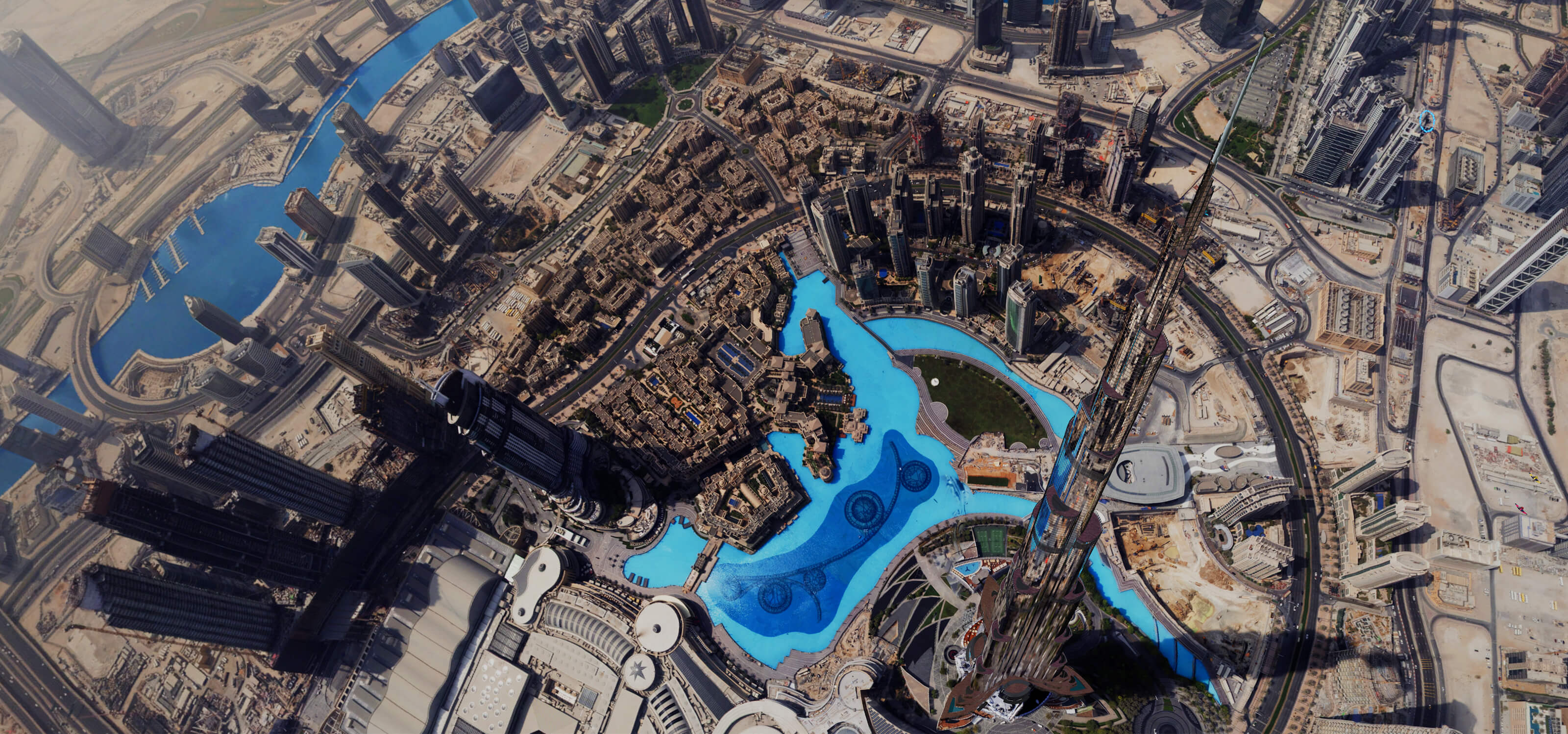 The Dubai landscape from a birds-eye view, taken from the VR title Dubai Rising Falcon.