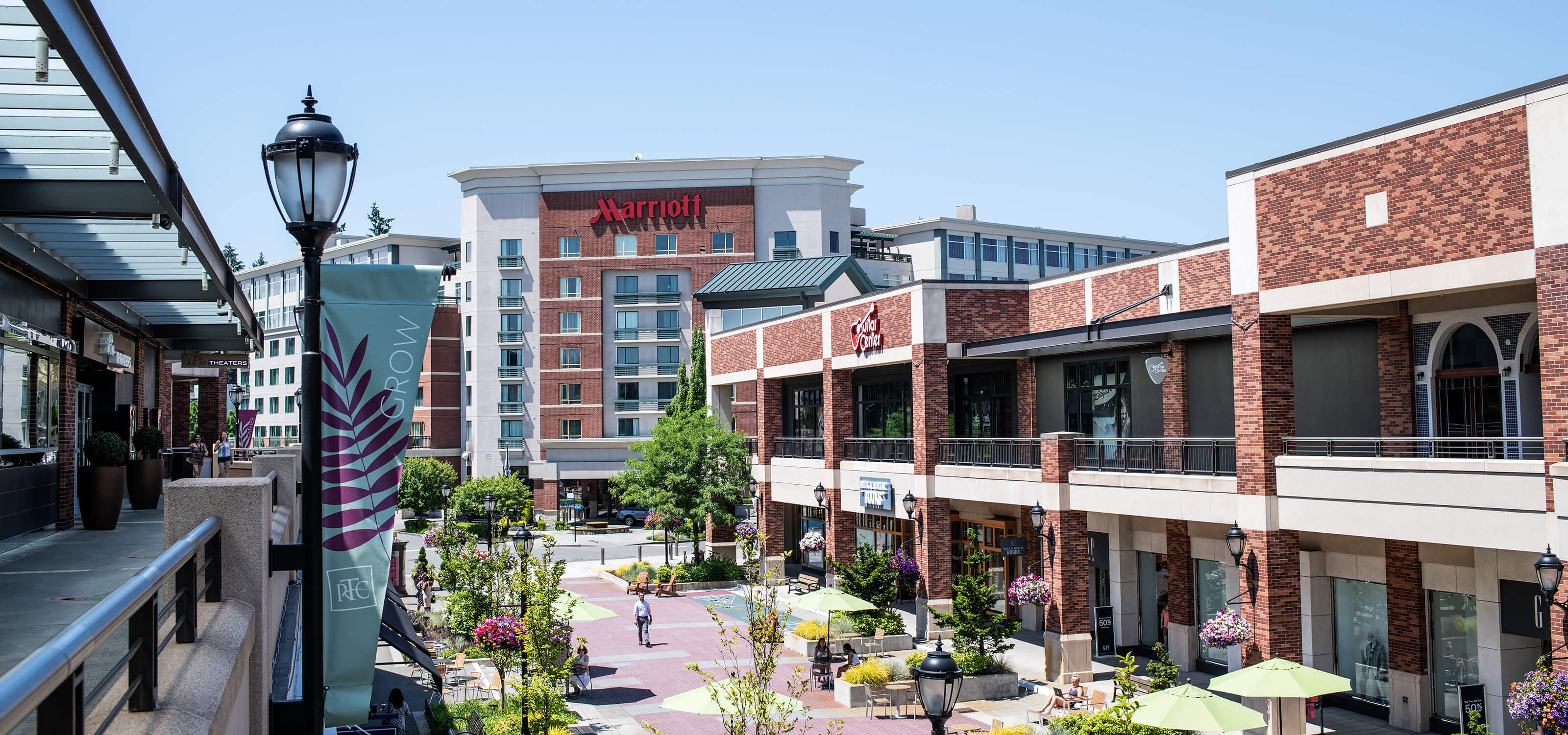 Picture of the Redmond Marriott, located at the Redmond Town Center shopping mall
